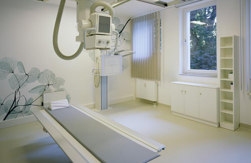 Röntgengerät Standort Naumannstr.